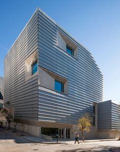 Biblioteca Pública de Ceuta, por ParedesPedrosa arquitectos. Fotografía © Fernando Alda.