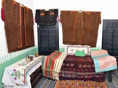 Baha: bin Misbah Archaeological Museum  Traditional bedouin outfits