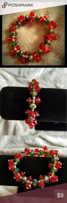 Womens stretchy crystal glass beads bracelet Brand new and never been worn and handmade by me too Jewelry Bracelets