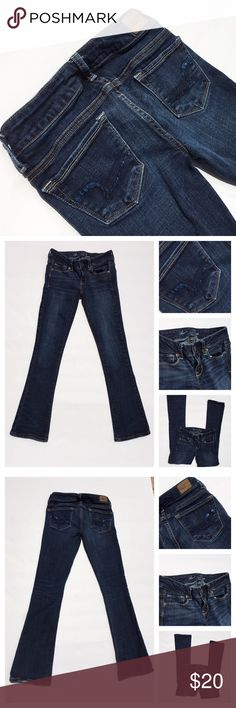 American Eagle Stretch Jeans with Blue Sequins American Eagle 🦅 classic stretched jeans with  5 pockets system. On the back pockets, it has AE's classic stitching with blue sequins attached. On the left leg's bottom, it's a little distressed, but the jeans are still in good condition. American Eagle Jeans