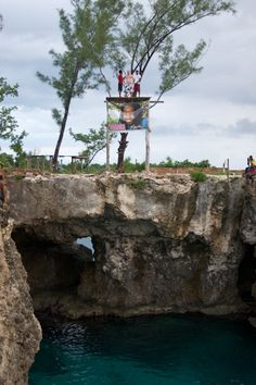 Cafe Diving in Negril, Jamaica  And again !!!! i sai it time after time becose it was so high