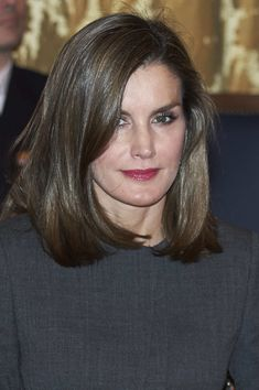 Queen Letizia of Spain Photos - Queen Letizia of Spain attends a meeting at the National Library on November 24, 2017 in Madrid, Spain. - Spanish Royals Attend A Meeting at The National Library in Madrid