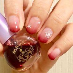 久しぶりにネイル! 今まであんまりやったことなかったグラデーションネイルをしてみました 自分では、冬だからこそ明るい赤!って感じなんだけど、どうかな、、? 今度はチョコネイルしたい * * 使用色 #リキュールネイル #サンリオネイル * * #nail #selfnail #nailart #fashion #beauty #l4l #cosmetic #ducato #ネイル #セルフネイル #セルフネイル部 #ネイルホリック #プチプラ #プチプラネイル #シンプルネイル #冬ネイル #大人ネイル #くすみネイル #くすみカラー #ネイル好きな人と繋がりたい #ネイルサークル #ショートネイル #グラデーションネイル