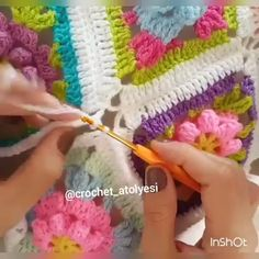 Crochet lesson series The Effective Pictures We Offer You About how to crochet videos dishcloth A quality picture can tell you many things. Joining Crochet Squares, Crochet Square Patterns, Crochet Motifs, Crochet Blocks, Crochet Stitches Patterns, Thread Crochet, Crochet Crafts, Crochet Designs, Easy Crochet