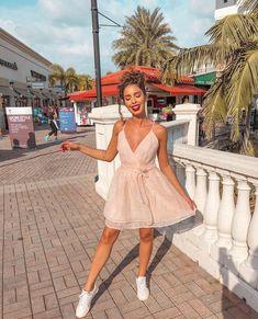 Juliana Louise White Dress, Dresses, Fashion, White Tennis Shoes, Vestidos, Moda, Fashion Styles, Dress, Fashion Illustrations