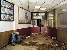 Artist Hand-Made Dioramas Of Surreal Apocalyptic Scenes, Photographs Them