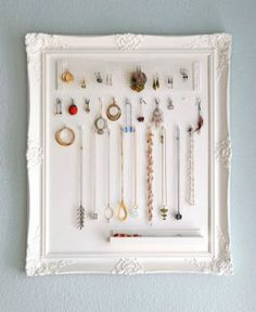 framed-jewelry-storage-handmade-christmas-gifts