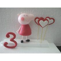 Adorno Torta Pepa Pig Porcelana Fria Peppa Pig, Table Lamp, Home Decor, Cold, Candy Table, Cold Porcelain, Lamp Table, Interior Design, Home Interior Design