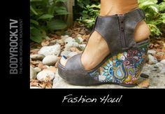 DIY painted wedges...  if you can't find something you want - make it yourself!