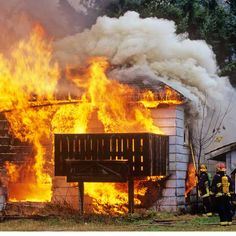 In just 30 seconds a small flame can become a major life-threatening fire. Here's the sequence of events in a typical kitchen fire and how you can best protect your home, your loved ones, and your own life. | Photo: All Canada Photos/Alamy | thisoldhouse.com