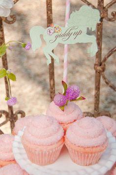 Sweet vintage inspired cupcakes