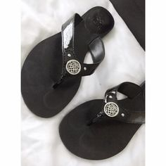 Vince Camuto Shoes - HP Vince Camuto Flip Flops  on Poshmark
