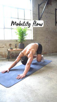 Hiit Workout Videos, Gym Workout Chart, Gym Workout Tips, Gymnastics Workout, Resistance Workout, Basic Yoga, Yoga At Home, Flexibility Workout, Morning Yoga