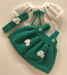 Get ready for St. Patrick's day with this adorable green and white outfit. See the pattern at: http://www.ravelry.com/patterns/library/st-patricks-day-dress-for-14-15-baby-doll