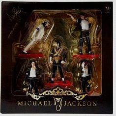 OT DE 5 FIGURINES MICHAEL JACKSON LE ROI DE LA POP THE WORLD TOUR DANGEROUS. OMGOSH I WANT TO ANTI-GRAVITY LEAN ONE!!!