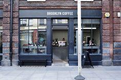 витрина стекло. Brooklyn Coffee, 139 Commercial Street, London