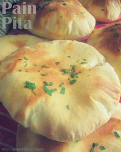 Les pitas, pain pita libanais facile Healthy Cooking, Cooking Recipes, Pain Pizza, Samar, Mediterranean Recipes, Food Porn, Brunch, Food And Drink, Omelettes