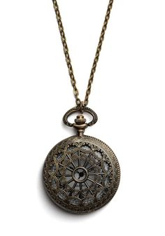 I am SO obsessed with this pocket watch necklace!!
