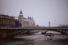 Paris, France / photo by Metin Fejzula