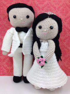 Crochet bride and groom wedding dolls. ♡ (Inspiration).