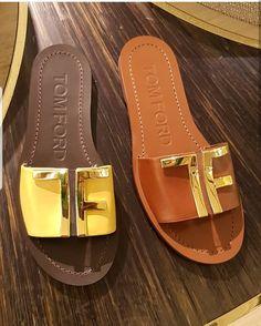 Designer Sandal Shoes Flats Sandals, Cute Sandals, Cute Shoes, Leather Sandals, Me Too Shoes, Shoe Boots, Shoes Sneakers, Designer Sandals, Fashion Sandals