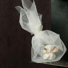 μπομπονιερα-για-γαμο-βαφτιση-5 Seed Wedding Favors, Flower Seeds, Christening, Most Beautiful, Wedding Planning, Flowers, Gifts, Beauty, Confetti