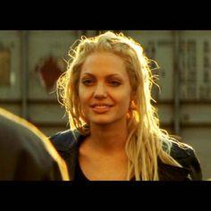 GONE IN 60 SECONDS  Sarah Wayland (Angelina Jolie) black leather jacket