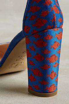 Slide View: 5: Lenora Iris Heels
