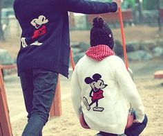 Find images and videos about couple, ulzzang and mickey on We Heart It - the app to get lost in what you love. Cute Couple Selfies, Cute Couple Pictures, Couple Pics, Couple Outfits, Disney Outfits, Disney Clothes, Disney Fashion, Kpop Fashion, Korean Ulzzang