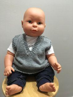 Keep someone newborn baby warmer utilizing a natural jacket. Baby Boy Vest, Toddler Vest, Vest Outfits, Baby Boy Outfits, Toddler Books, Queen Quilt, Baby Warmer, Baby Boy Nurseries, Girls Shopping