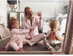 This just a collection of pictures of families, or a stage through pregnancy. Pictures that I love and hopefully someday I get to experience all of this. Cute Family, Baby Family, Family Goals, Mommy And Son, Mom And Baby, Baby Kids, Tammy Hembrow, Cute Kids, Cute Babies