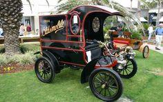 1904 oldsmobile model r curved dash pie wagon