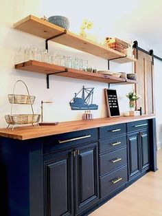Open Shelving Brackets, Iron Shelf Bracket, Black, Steel and Gold Finish, Hardware Included - We make it easy to create your DIY shelves! Simply choose the size you need – we include the matc - Home Decor Kitchen, Kitchen Interior, Home Kitchens, Small Kitchens, Dream Kitchens, Design Kitchen, Open Shelving, Shelving Brackets, Floating Shelf Brackets