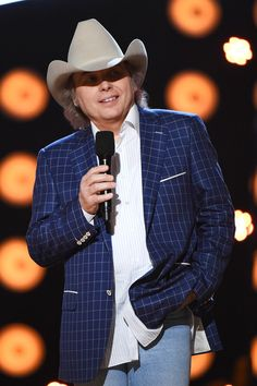 Dwight Yoakam Photos Photos: 2016 American Country Countdown Awards - Show