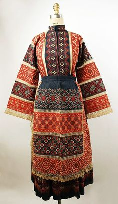 Non-Western Historical Fashion – Ensemble century Russia Ukraine, Historical Costume, Historical Clothing, Mode Russe, Folk Costume, Costumes, Costume Ethnique, Vintage Outfits, Vintage Fashion