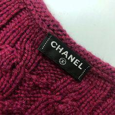 $4K Chanel CC Logo Femmes Cachemire tricot tweed Broche Cardigan Veste Taille M | eBay Tweed, Chanel, Knitted Hats, Logo, Knitting, Jackets, Ebay, Fashion, Tricot