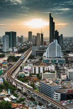 City life while sunset, Bangkok | Thailand