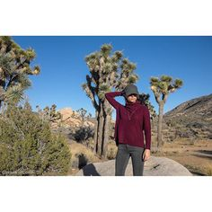 """""""Feeling warm and cosy in burgundy, this fall's color!  Tap picture for credits. More on House of Comil.com @nmltgn #losangeles#style #fashionstyle #instastyle #fashion#fashionblogger #joshuatrees#joshuanationalpark#madewell#agjeans#origamijevvlry#frenchbrand#ootd#streetstyle#outfit"""