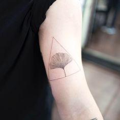 Delicate Ginkgo Leaf Tattoo by ilwolhongdam