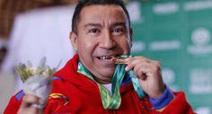 LA VOZ DE SAN JOAQUIN: Pesas dio primer oro para Venezuela en Parasuramer...