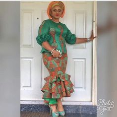 In many Nigeria ceremonies the choice fabric can either be lace or Ankara. Today we would be bringing you fabulous Ankara aso ebi styles Latest African Fashion Dresses, African Dresses For Women, African Print Dresses, African Print Fashion, Africa Fashion, African Attire, African Wear, African Women, African Style Clothing