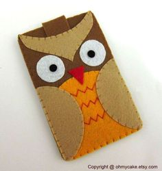 Another adorable design from Oh My Cake.  This is an iPhone case.  Hmmm, I wonder how hard these are to make...   #ohmycake #owl #iphone
