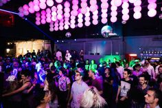 O RED BULL BASS CAMP reuniu 20 participantes em uma imersão de produção musical além de servir como inauguração dos Red Bull Studios São Paulo. #redbull #basscamp #studio #music #musica #estudio #redbullstudios #saopaulo #produçãomusical