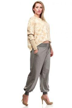 Szare spodnie o luźnym fasonie Harem Pants, Capri Pants, Fashion, Moda, Harem Trousers, Capri Trousers, Fashion Styles, Harlem Pants, Fashion Illustrations
