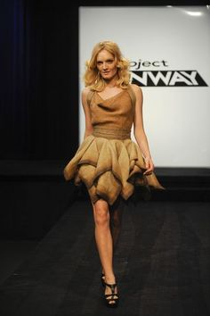 burlap bag gown | Project Runway': Were you raised in a barn? - latimes.com