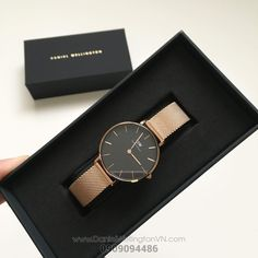 Cool Watches, Watches For Men, Daniel Wellington Classic Petite, Beautiful Watches, Lifestyle Photography, Fashion Watches, Rose Gold, My Style, Jewellery
