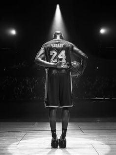 Basketball Workouts Work Outs - - - Kobe Bryant Quotes, Kobe Bryant 8, Kobe Bryant Family, Bryant Lakers, Kobe Brian, Kobe Bryant Michael Jordan, Basketball Is Life, Basketball Workouts, Nba Basketball