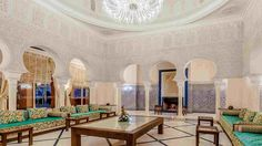 salon marocain luxe | décor salons marocains | Pinterest