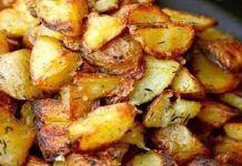 More potatoes! The Food Lab Thanksgiving Special: Ultra-Crispy Roast Potatoes Potato Dishes, Food Dishes, Main Dishes, Side Dishes, Think Food, I Love Food, Good Food, Yummy Food, Tasty