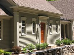 Best exterior paint colors for house colonial cape cod Ideas Colonial House Exteriors, Colonial Exterior, Colonial House Plans, Cottage Exterior, Best Exterior Paint, Exterior Paint Colors For House, Paint Colors For Home, Paint Colours, Exterior Colors